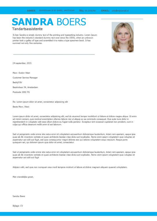 mooie motivatiebrief Een overzichtelijk cv + motivatiebrief in blauw en wit